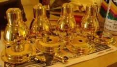 ..all four lamps come up dazzling!