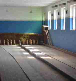 Bowling alley at Kolmanskop