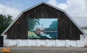 Barnyard mural adds an artistic touch to the trip