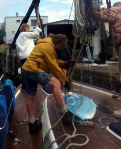 Restepping the mast at Rich Marine Sales, Buffalo