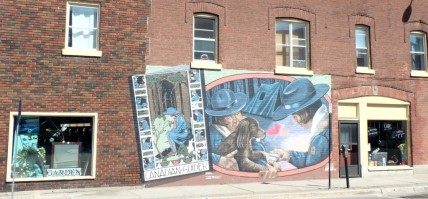 20150813 Midland Murals (13)