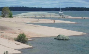 Pink granite of the Benjamin Islands