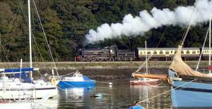 Steam train, Dartmouth