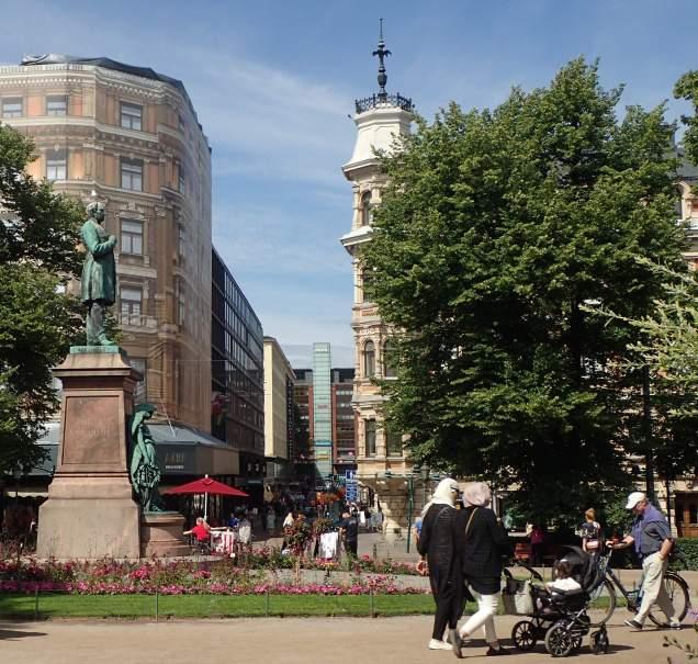 Helsinki esplanade park 2