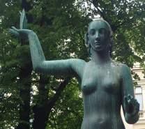Esplanade Park statue