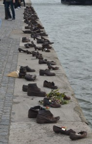Memorial to Jews shot and dumped into the Danube in WWII